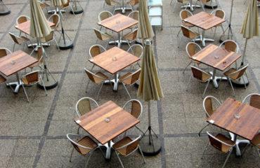 tavoli e sedute da esterno